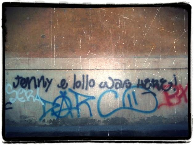 Scritte sui muri 1 quartopianosenzascensore - Scritte muri casa ...