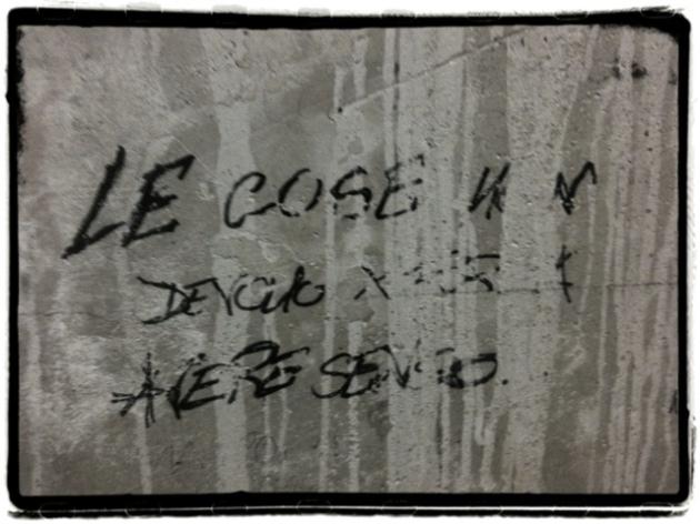 Scritte sui muri 2 quartopianosenzascensore for Scritte tumblr sui muri